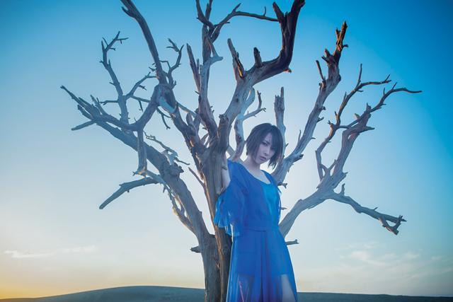【インタビュー】「アイリス」とは希望。藍井エイルの魅力が詰まった最新シングルが発売!