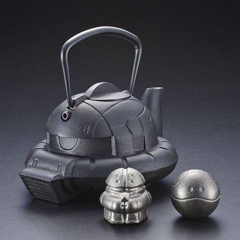 「見せてもらおうか、伝統工芸の南部鉄器の性能とやらを」ガンダムに登場するザクの頭部をモチーフにした鉄瓶が登場!