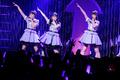 走り抜けた初ライブツアー! 最新シングル曲、カバー曲からスペシャル企画コーナーまで、盛りだくさんの「Run Girls, Run!」ツアー東京公演レポート!