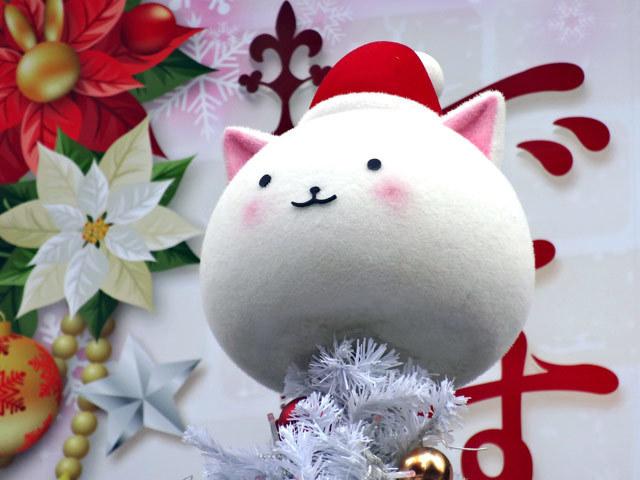 今年も秋葉原UDX前のUDXアキバ広場に「ご注文はうさぎですか??」クリスマスツリーが設置中 12/25(火)まで