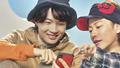 「ポケモンGO」新CM放映開始! 佐藤健&神木隆之介が新機能「トレーナーバトル」で仲良くバトル!!