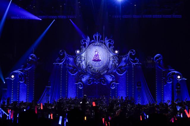 水樹奈々、5度目の座長公演&2019年夏の全国ツアーも発表された「NANA ...