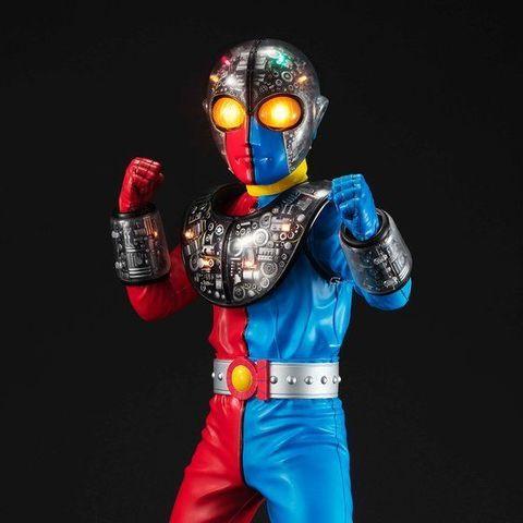 「キカイダー」「ハカイダー」に続き、ついにキカイダーブラザーズ兄である「キカイダー01」が待望の登場!