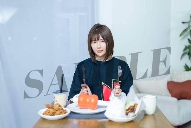 「肉フェス」×「竹達彩奈」!? 「にくっしょん」に「肉ペンライト」……肉好きの肉好きによる肉好きのためのアイテムが完成!