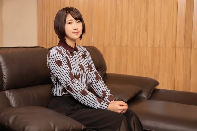 AKB48から「荒野のコトブキ飛行隊」ケイト役へ――アイドルから一念発起、背水の陣で声優の門を叩いた! 仲谷明香インタビュー【アイドルからの声優道 第4回】