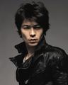 スマホゲーム『ロマンシング サガ リ・ユニバース』、武田真治出演の新TVCMを本日5月31日より放映開始!