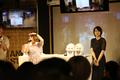 フランシュシュ1号(本渡楓)と4号(河瀬茉希)がアキバで営業トークショーを開催!! 「ゾンビランドサガ ZK CAFE」オープニングトークイベント(昼の部)レポート