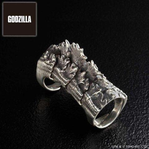 「ゴジラ」65周年を記念して、ゴジラの背びれをsilver925を使用して再現した本格リングが登場!!