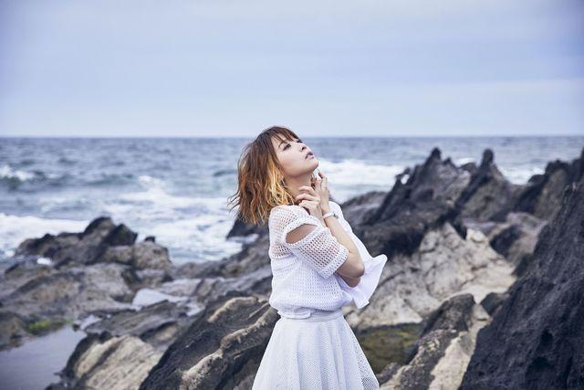 【インタビュー】この夏はMay'nの新曲がたっぷり聴ける! ニューシングル「牙と翼」、2ndミニアルバム「YELL!!」が同時発売!!