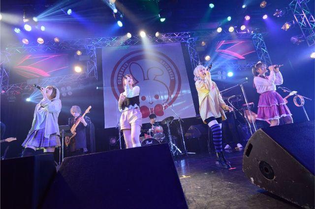 人気声優の歌声とバンドサウンドでおなか一杯に!? 「バンめし♪」ファーストライブ「白兎団本部集会~Blanc Bunny Bandit 1st LIVE」ライブレポ!