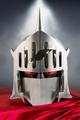 「キン肉マン」から、鋼製の1/1スケールロビンマスク第2弾が登場! 原作に近い光沢でキズありVer.のマスクが発売に!