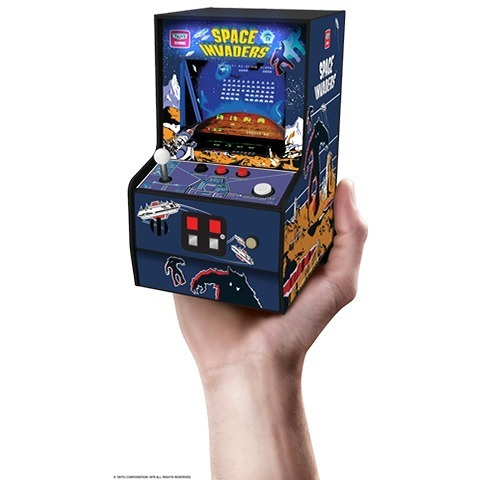 往年の名作「スペースインベーダー」を手のひらで遊べる家庭用アーケード筐体型ゲーム機、8月中旬発売!