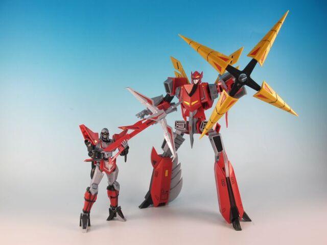 どこからともなく現れる「忍者戦士 飛影」が鳳雷鷹と合体!「スーパーミニプラ 忍者戦士 飛影Vol.2」で遊んでみた!【泰勇気の週末プラモ 第20回】