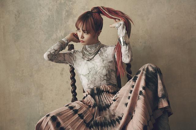 LiSAアルバムリード曲「play the world! feat.PABLO」が配信開始&MV公開! さらにeスポーツ大会公式ソングに決定!