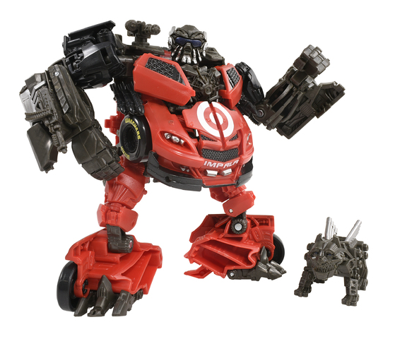 シボレーが独特のフォルムのロボットにトランスフォーム! 特殊部隊レッカーズの戦略家・レッドフットが「トランスフォーマー スタジオシリーズ」に登場!