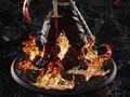 燃え上がる石畳の上にたたずむ炎柱・煉獄 杏寿郎が1/8スケールフィギュアに! 「劇場版『鬼滅の刃』無限列車編」ティーザービジュアルを立体化!!