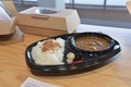 【「GUNDAM FACTORY YOKOHAMA」オープン直前レポート──その2】「動くガンダム」を眺めながら一休み! ここでしか味わえないフード&ドリンクをご紹介!