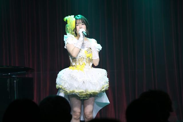 作詞に挑戦した初のオリジナル楽曲をライブ披露! 26歳の誕生日をファンと一緒にお祝いした「小坂井祐莉絵 生誕祭 2021~ハンバーグが好きです。でも、みんなの方がもーっと好きです!~」レポート!