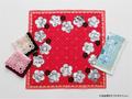 「ベルサイユのばら」×「MARY QUANT(マリークヮント)」コラボハンカチが販売開始!