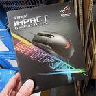 Aura Sync対応の軽量ゲーミングマウス ASUS「ROG Strix Impact」が発売中 対応マザーと同期して発光